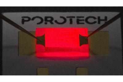 Porotech red microLED device photo